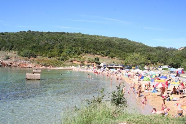 La plage de Sveti Marko à Risika, sur l'île de Krk.