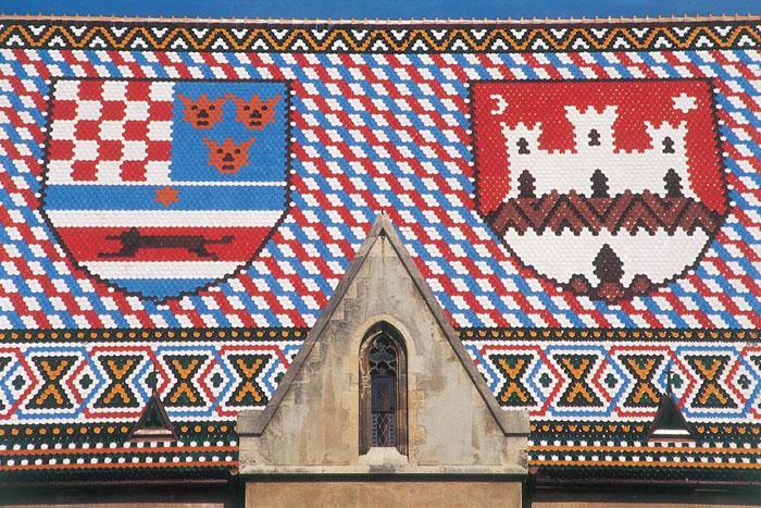 Detail du magnifique toit de l'église Saint-Marc de Zagreb. ©Aitor Pedrueza